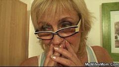 She enjoys sucking and riding her son-in-law&#039_s cock